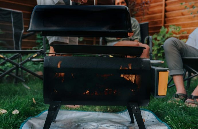 The Best Sustainable Camping Cookware to Get You Out of the Damn House