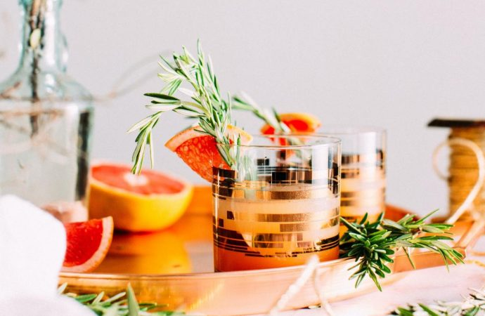 3 Herb-Infused Botanical Spirits for a Booze-Free Cocktail Hour (You Know You Need It!)